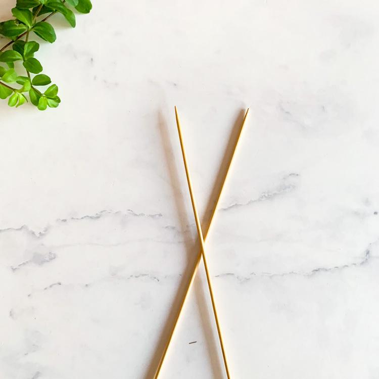 Straight knitting needles 4mm