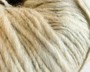 flamita beige ecological wool for punch needle and kniting