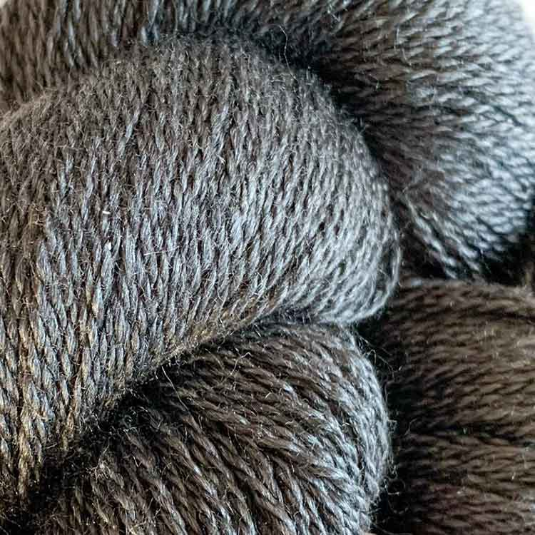 silky finita antracite luxury yarn