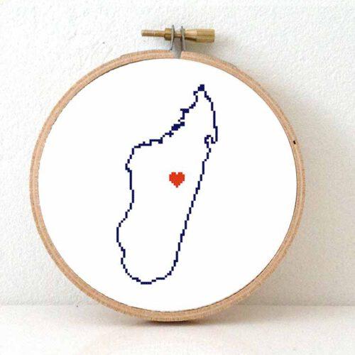 Madagascar map cross stitch pattern