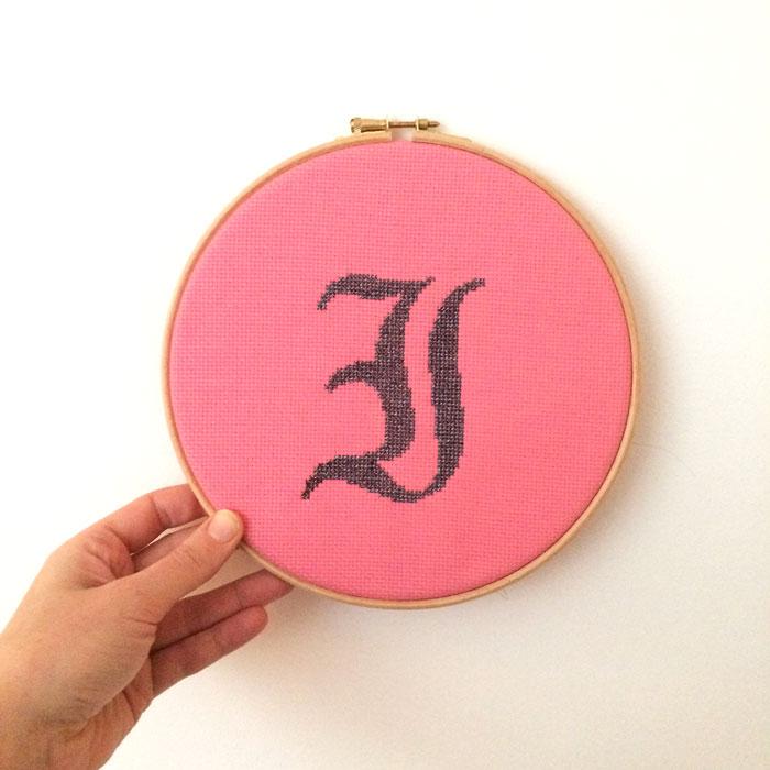 free alphabet cross stitch pattern easy monogram cross stitch letter I