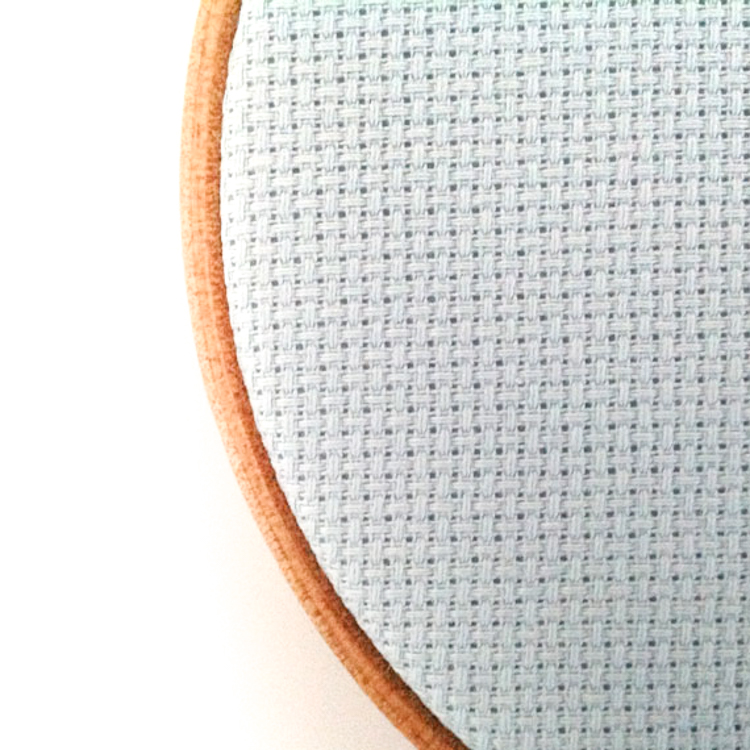 14 COUNT AIDA FABRIC CROSS STITCH 100/% COTTON  WHITE 40 cm X 35 cm  15/'/' X 14/'/'