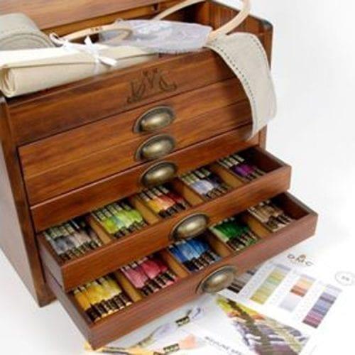 DMC Mouline Wooden Storage Box with 500 skeins