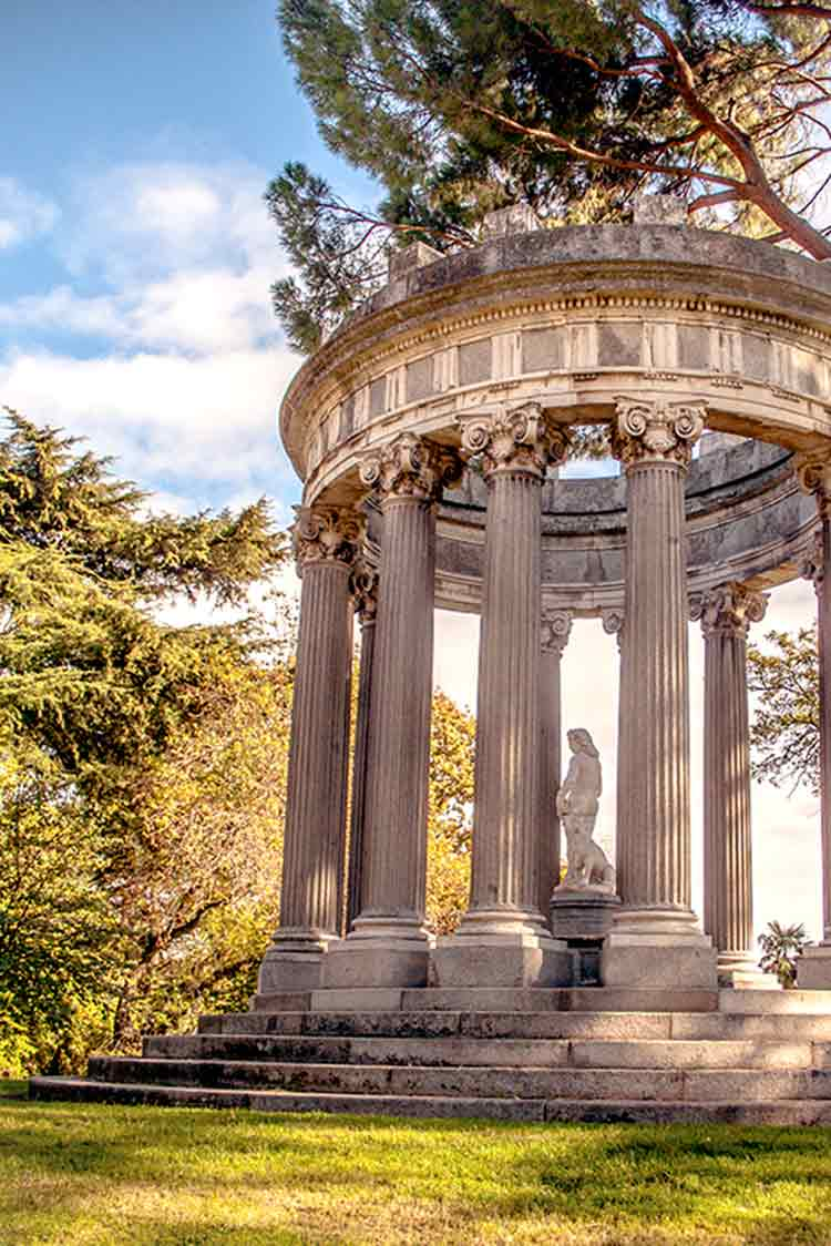 Parque de el capricho quiet spots to visit in madrid