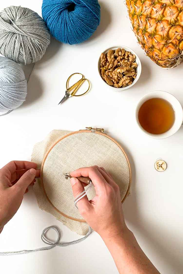 how to punch needle embroidery with multiple threads