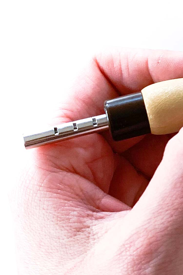 how to use the adjustable punch needle