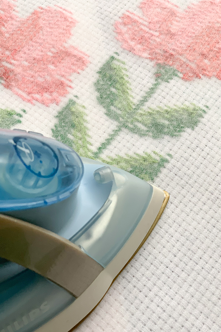 how to make a cushion cover spring flower