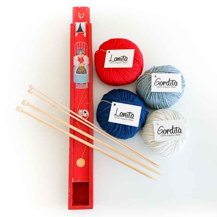 knitting gift set red