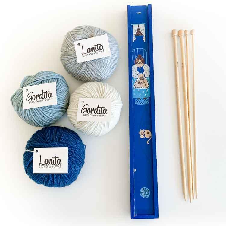 knitting gift set blue